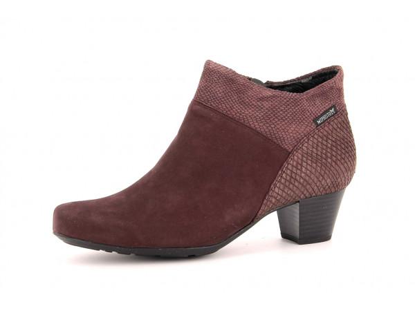 michaela leather
